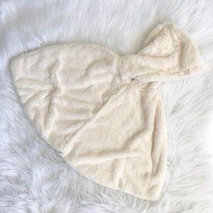 Girls White Faux Fur Wonderkids Jacket Cape